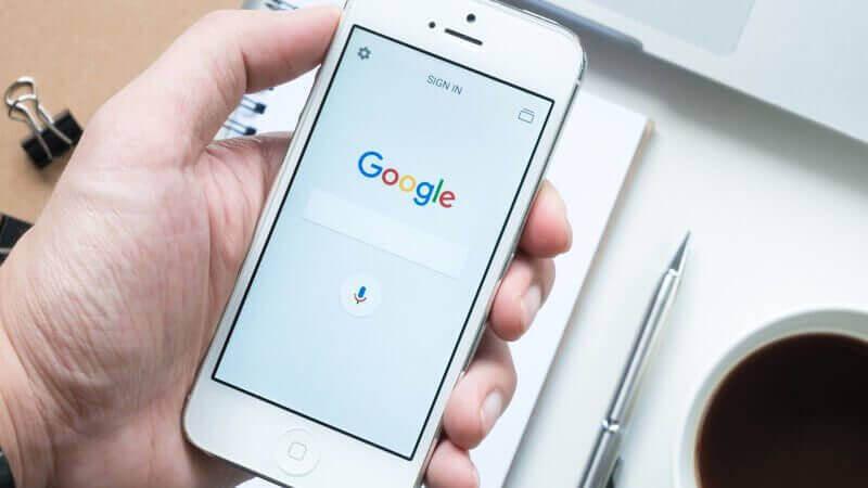 Google在搜尋解果中警告網站的所有者,他們的網站並不相容於行動裝置