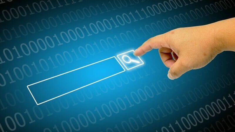 在PC上的搜索查詢量在2013年達到頂峰